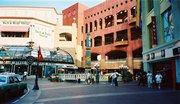 サンディエゴ ホールトン・スクエア・ファーマーズ・マーケット/Horton Square Farmers Market at San Diego